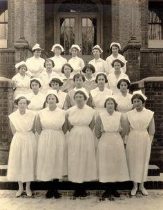 Good Samaritan Hospital's nursing staff in 1923.