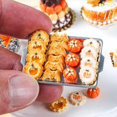 Miniature Halloween cookies part two - with bat cookies! www.parisminiatures.etsy.com