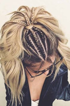Long hairstyles for the most romantic day in the year should mirror romantic vibes. Our ideas will make your bae drooling all over you. Braided Hairstyles: Long hairstyles for the most romantic day in the y. Curly Hair Styles, Natural Hair Styles, Updo Styles, Long Hair Models, Easy Hairstyles, Bohemian Hairstyles, Hairstyle Short, Cornrow Hairstyles White, Black Hairstyles