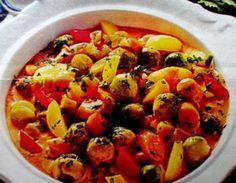 Gulasz wegetariański Polish Recipes, Polish Food, Plant Based Diet, Ratatouille, Vegetable Pizza, Chili, Vegan, Vegetables, Ethnic Recipes