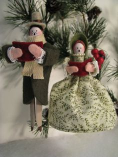 Caroler Clothespin Ornaments