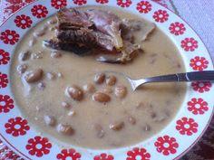 Paprikás krumpli nevű blogon megfizethető és hozzáférhető alapanyagokból találtok finom, házias ételeket, desszerteket.