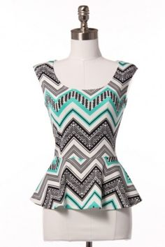 chevron-peplum-top With a black pencil skirt and blazer either black or maybe coral/orange! I LOVEE PEPLUM TOPS ! Peplum Shirts, Peplum Tops, Cute Tops, Passion For Fashion, Dress To Impress, What To Wear, Cute Outfits, Style Me, Stylish