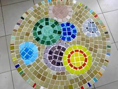 Bubble mosaic table
