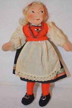"30s Vintage 5.25"" RONNAUG PETTERSSEN Hardanger Girl Doll NORWEGIAN NORWAY cloth"