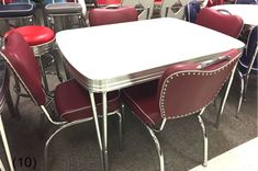 COOL Retro Dinettes | 1950's Style | Canadian Made Chrome Sets Retro Table And Chairs, Retro Kitchen Tables, Retro Dining Rooms, Vintage Kitchen, Bar Chairs, Retro Kitchens, High Chairs, Eames Chairs, Office Chairs