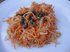 Das perfekte Rohkostsalat mit Karotten und große Kohlrabi-Rezept mit Bild und einfacher Schritt-für-Schritt-Anleitung: Karotten mit dem Universalschäler…