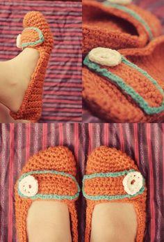 Cute crocheted mary jane slippers. I love, love, love crochet slippers!!!
