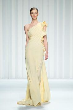 Haute Couture Abed Mahfouz весна-лето 2013 http://www.novo-style.com/haute-couture-abed-mahfouz-vesna-leto-2013/