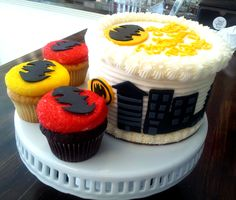 Batman cake and cupcakes for birthday party made by 350 Classic Bakeshop, Rye, NY