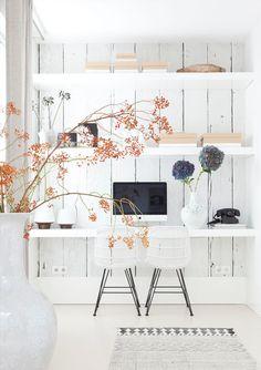 Wohl kaum ein anderer Raum zuhause erhält so wenig Aufmerksamkeit wie das Arbeitszimmer. Dabei gibt es für den so oft vernachlässigten Bereich unzählige Einrichtungsideen. Stilpalast präsentiert dir Inspirationen für ein stylisches Homeoffice.