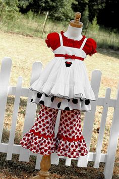 minnie...I love this...minus the pants....perfect for 2nd birthday photos?
