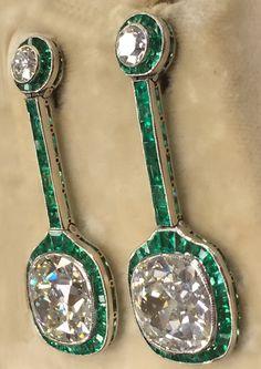 Art Deco Emerald Diamond Platinum Drop Earrings 8