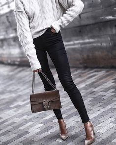 Spring Outfits To Wear Now Casual Outfits, Fashion Outfits, Womens Fashion, Street Chic, Street Style, Black Coated Skinny Jeans, Topshop Outfit, White Knit Sweater, Mein Style