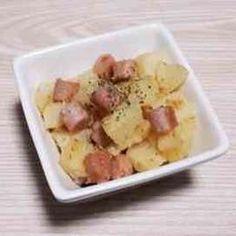 じゃがいもコンソメチーズ♪ by 4人娘mama Potato Salad, Potatoes, Meat, Chicken, Ethnic Recipes, Food, Potato, Essen, Meals