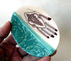 Henna Hand Ceramic D
