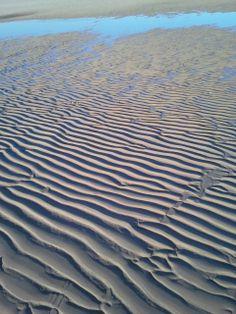 Water en zand zorgen samen voor bijzondere creaties.