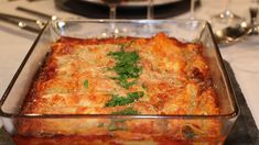 Cannellonis   Marina Orsini   ICI Radio-Canada.ca Télé Marina Orsini, Mets, How To Cook Pasta, Ricotta, Food To Make, Recipies, Food And Drink, Pyrex, Cooking