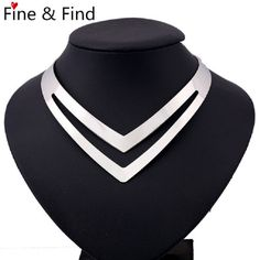 317a85c79f1d LUFANG 2018 brand Fashion Silver Color Boho Maxi Collier Statement Necklace  Girl Punk Power collar Choker Necklace Women Jewelry-in Choker Necklaces  from ...