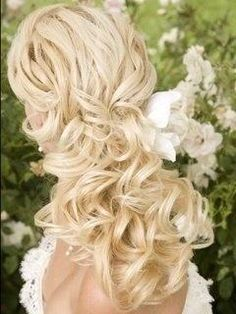 Wedding Hairstyles ~ Stunning pinned loose curls
