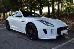 Jaguar #F-Type looki...