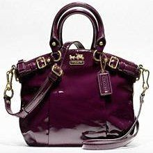 love this color purse
