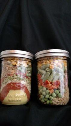 Wonder Meals in a Jar - Thrive Life Recipes Thrive Food Storage, Emergency Food Storage, Mason Jar Meals, Meals In A Jar, Mason Jars, Homemade Dry Mixes, Freeze Drying Food, Freeze Dried Meals, Canning Recipes