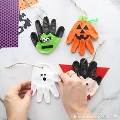 Halloween Arts And Crafts, Halloween Decorations For Kids, Halloween Crafts For Toddlers, Christmas Crafts For Kids To Make, Easy Crafts For Kids, Diy Christmas Ornaments, Toddler Crafts, Preschool Crafts, Preschool Halloween