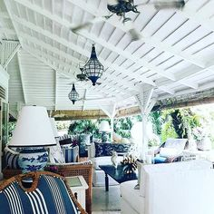 BLUE & WHITE #monkeypalmbali thankyou for popping by @plantation_lifestyle @stuartmemberyhome