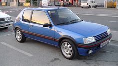 1992 Peugeot 205 GTI miami blue ive had two of these French Classic, Classic Cars, 309 Gti, Auto Peugeot, Mercedes Maybach, Cute Cars, Ford, Retro Cars, Car Photography