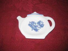 Pfalzgraft Tea Bag Holder Vintage Yorktowne by NanasTreasureAttic, $8.00
