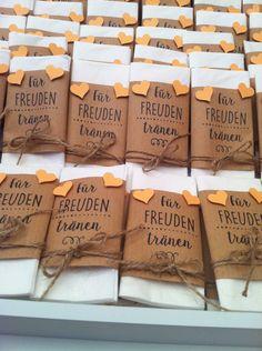 Weiteres - 20 x Freudentränen Taschentücher Give away Vintage - ein Designerstück von friedas-welt bei DaWanda