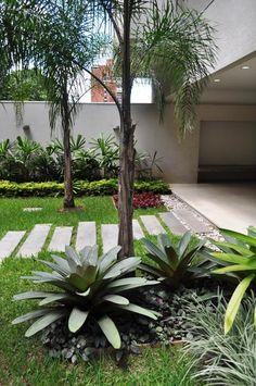 acceso a edificio / building entrance