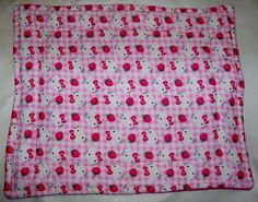 "Hello Kitty Fleece Guinea Pig Lap Pad Bed Rabbit Ferret Hedgehog Rat 14"" x 17''"