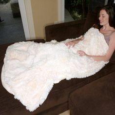 Deluxe Comfort Alpaca Alpaca Fur Blanket, White