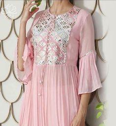 Pakistani Dresses, Indian Dresses, Indian Outfits, Dress Neck Designs, Blouse Designs, Stylish Dresses, Fashion Dresses, New Dress Pattern, Casual Frocks