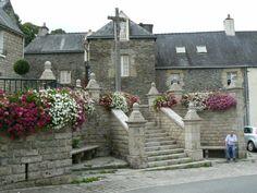 ACCUEIL DU BLOG - Le Petit Randonneur Monuments, La Dordogne, Refuge, Biarritz, Beaux Villages, Ouvrages D'art, Mansions, House Styles, Blog