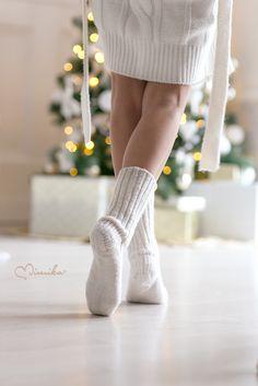 ༺ Cozy Christmas, Christmas Morning, Little Christmas, Christmas Colors, Christmas Holidays, Christmas Decorations, Xmas, Natural Christmas, Green Christmas