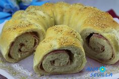 Rosca de pan relleno al vapor cocina tradicional. Ana Sevilla