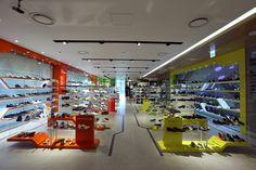 Hyundai U-PLEX Sinchon Multi shoes shop