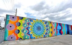 Brightly Colored Murals Mesmerize with Their Hypnotic Abstract Patterns - My Modern Met