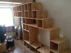 Trap, tv meubel en een kast in één