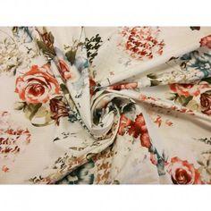 Jasno-kremowe tło i kolorowe róże w pepitkę nadrukowane na bawełnie.