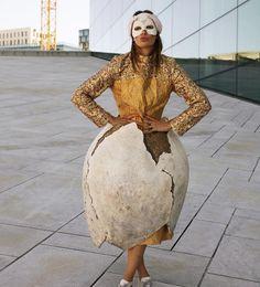 Jenny prøver ut fantastiske kostymer som ligger til salg på nettauksjonen nå. Regram @jennyskavlan  #jennyskavlan #blomqvist_auksjoner #blomqvistnettauksjon #kostymer #operaen Lace Skirt, Instagram Posts, Skirts, Fashion, Moda, Fashion Styles, Skirt, Fashion Illustrations