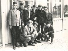 Technische school 1966 - boven: Jean Vanbrabant, Jozef Conings, Gerard Vandamme, Jean-Ghislain Potargent, Romain Sourbron, Willy Vancraybecks. zittend: Lambert Vanroy, Robert Vancraybecks, André Vanspauwen.