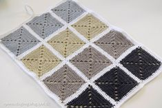Hæklet køkkenhåndklæde, håndklæde hæklet af smukke Granny Squares
