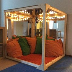 Not only will you be doing what you love to do which is caring for the very young, you are making a good living at it. Reggio Inspired Classrooms, Reggio Classroom, Preschool Classroom, Classroom Decor, Classroom Setting, Classroom Design, Learning Spaces, Learning Environments, Montessori Room