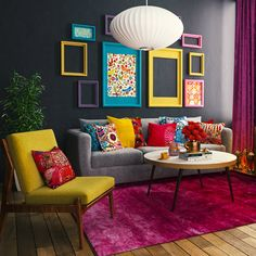 Such a colorful living room. We love it!