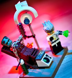 LEGO It's ALIVE! by david anderson : da-photography