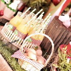 Farm themed party lemonade